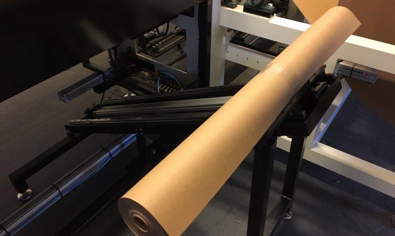 Papier  malarski  -  rolka 1,0m x 50m2
